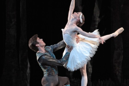 Houston Ballet Caps The Season With Swan Lake