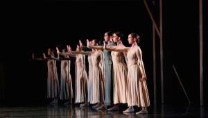 Jiri Kylian's Svadebka. Artists of Houston Ballet.  Photo byAmitava Sarkar.