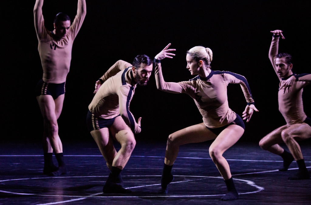 Members of Gartner Platz Theater (Munich, Germany) in Versus Standard. Choreographer- Jacopo Godani. Photo by Marie-Laure Briane.