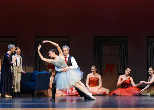 Friendswood Contemporary Ballet Kicks Off the Holiday Season Outside Houston's Loop